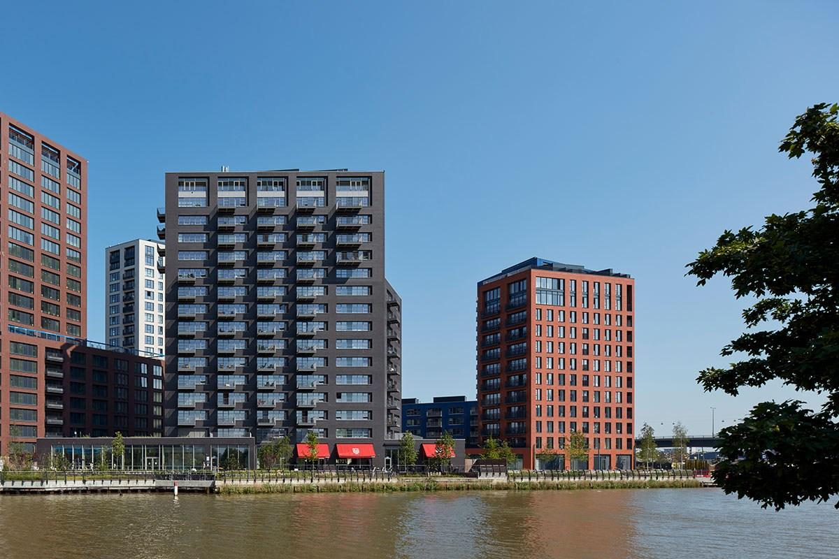 Building_K_London_City_Island_2